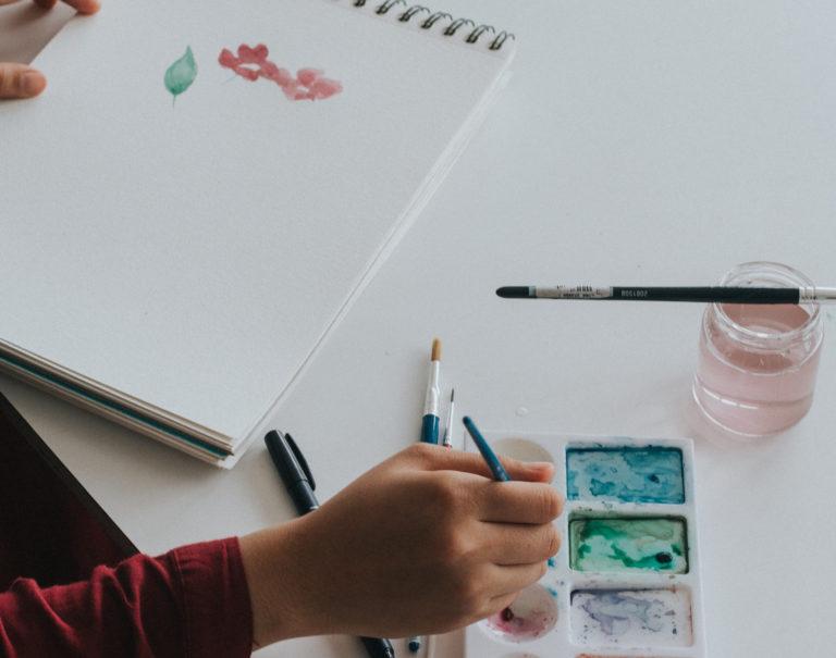 Tipos de papeles para pintar: gramajes, texturas y marcas