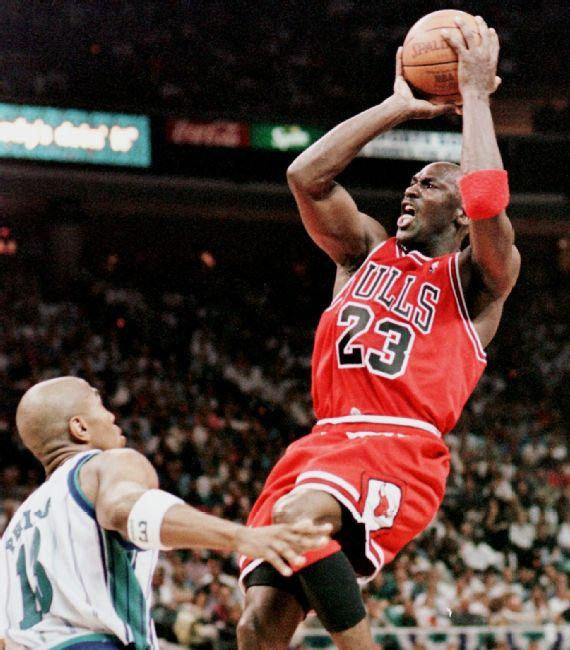 La frustración de Michael Jordan chicago bulls